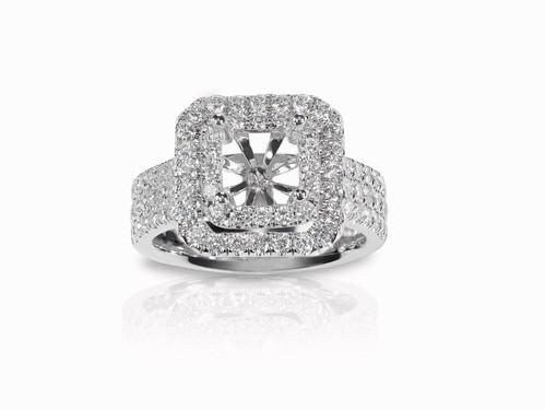 Kansasa City halo engagment ring